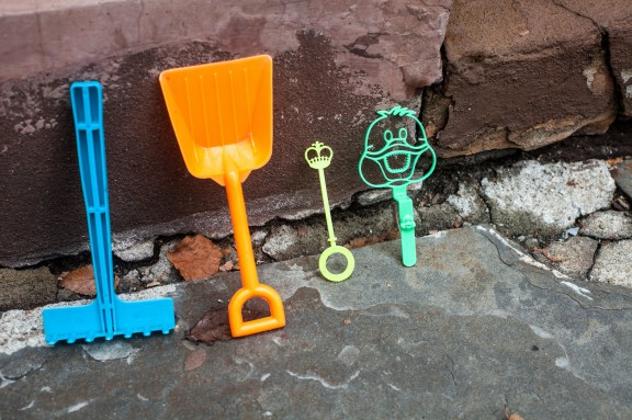 Tiny curbside toy tools