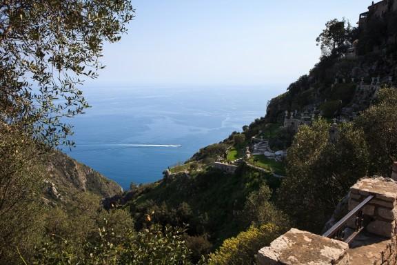 Walking down a cliff